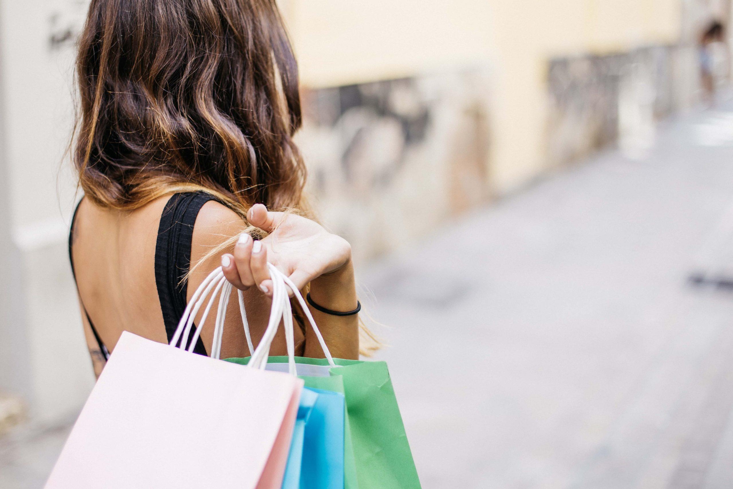 La mode selon L-prêt à porter-Hauts de France-femmes-mode-habillements-boutique en ligne
